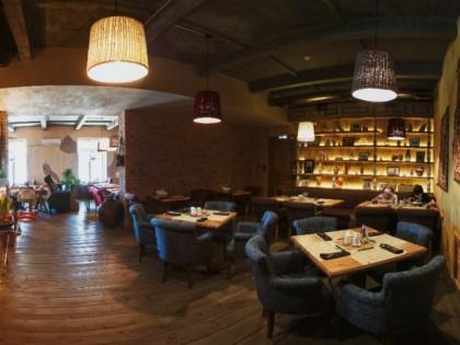кто кубик ресторан фото якутск оксана, считает себя